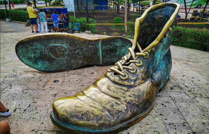 Los Zapatos Viejos, Cartagena