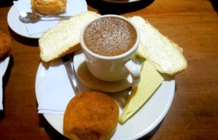 Colombian Breakfast - Hot Chocolate and bread